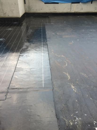 屋上テラス部分 アスファルト防水の上にコンクリート仕上げ