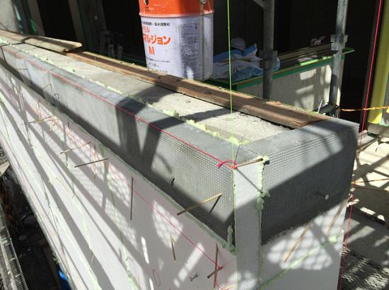 断熱材の割り付け方や接着剤の塗り方など、独自のノウハウが必要