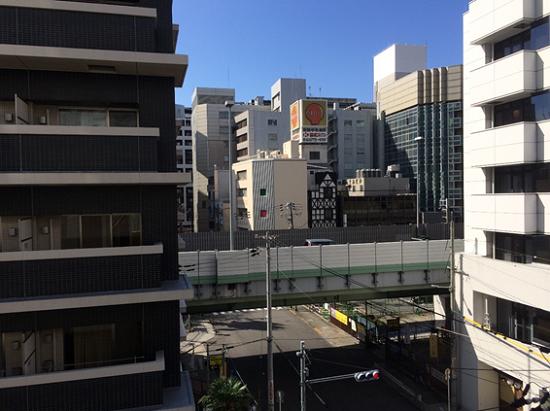 阪神高速道路近く