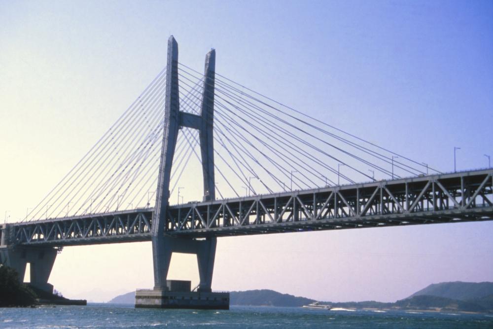 斜張橋 (公社)香川県観光協会「うどん県旅ネット」より