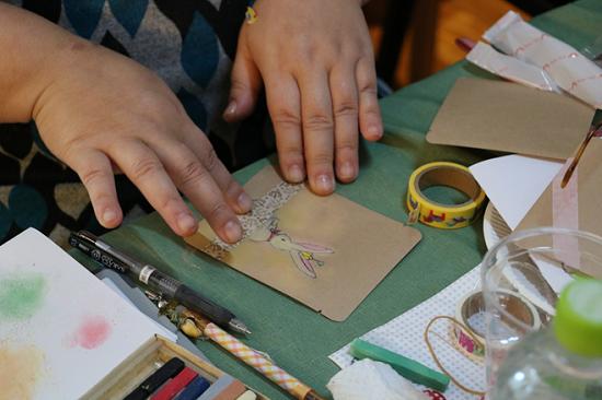 手書きデザインパッケージでブレンド珈琲とホットチョコを作るワークショップ