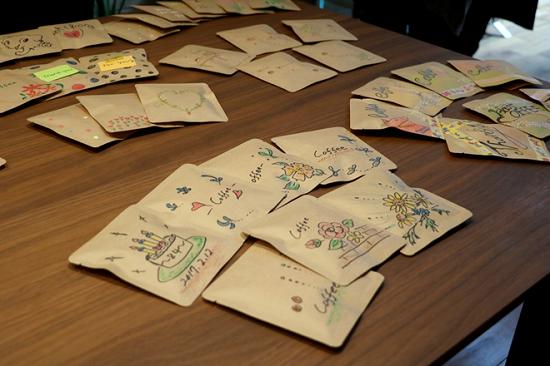 手書きデザインパッケージでブレンド珈琲とホットチョコを作るワークショップ⑰