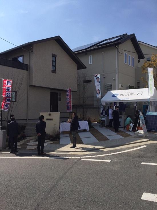 三和建設の「サンヒルズ宝塚川面山手(全63区画)」に新しく誕生した『XOXO(キスキス)』モデルハウス