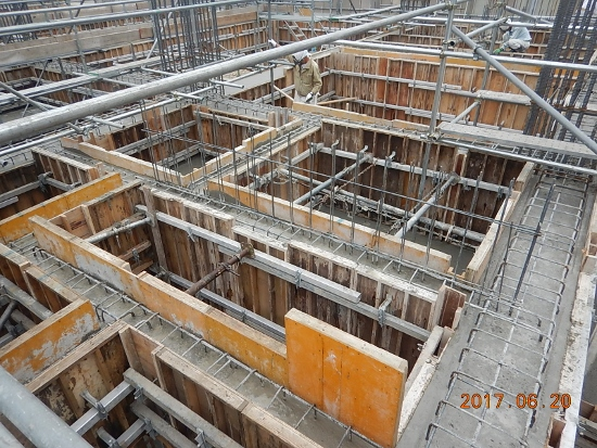 新社屋 基礎コンクリート打設②