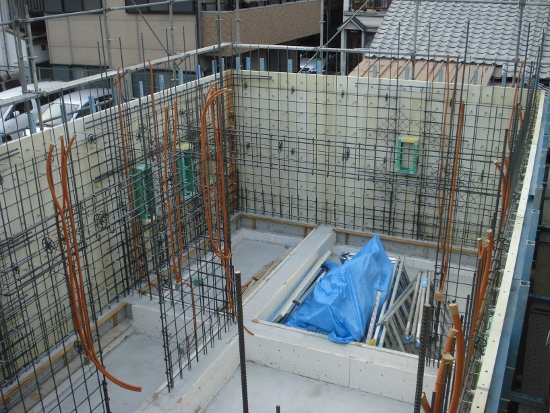 FRP型枠を使った工法「Zシステム」の住宅の配筋状況