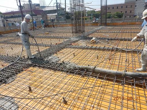 いよいよコンクリート打設作業開始!④