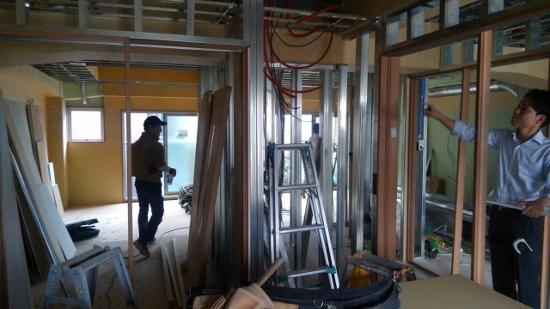 築38年のテナントビルでリノベーション!・・・窓も壁も床も、断熱施工で快適性アップ!