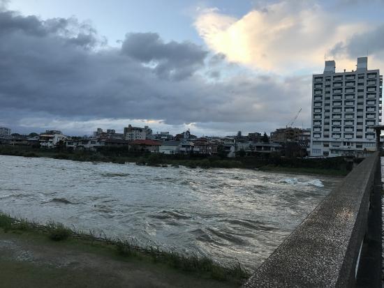 2017年10月23日朝の武庫川