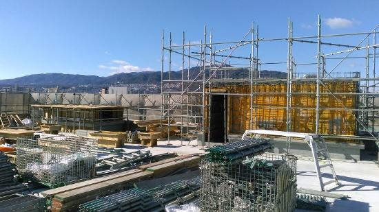 三和建設新社屋建築屋上
