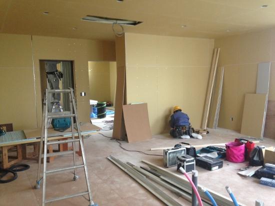 3階部分も部屋の間仕切りが出来上がりつつあります