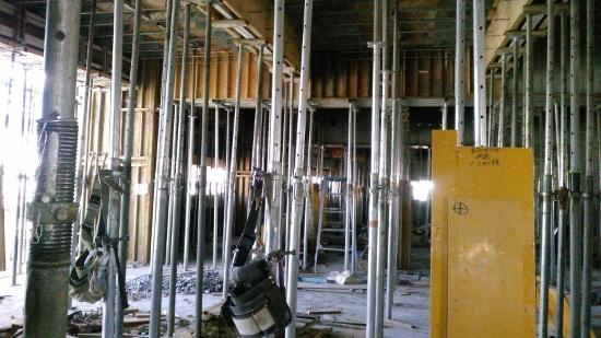 5階部分は先週コンクリートを打設したばかり