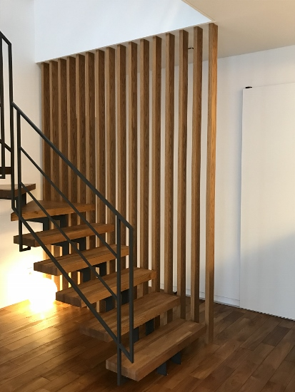 RCギャラリー西宮階段格子