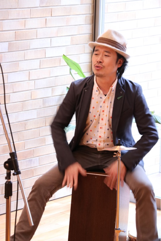 西浦慎吾さん(パーカッション)