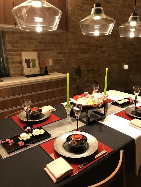 ひな祭りのテーブル夜