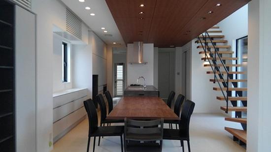 芦屋RC住宅床暖房とエアコン採用