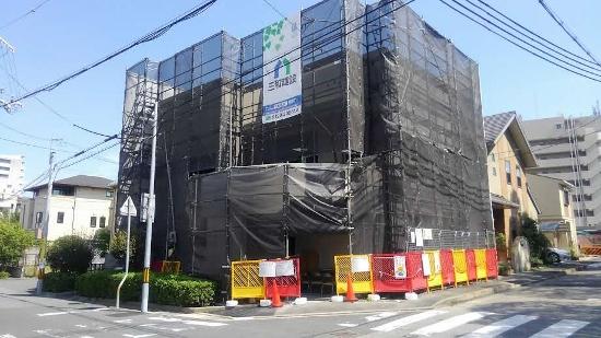 宝塚市内で建築中の鉄筋コンクリート住宅のリポート
