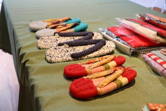 「初めて編む布ぞうり作り教室」を開催