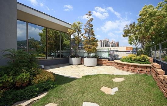 RC住宅の魅力のひとつ、「屋上庭園」