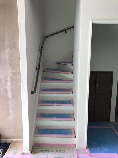 段数を1段増やすことで緩やかな勾配の階段に