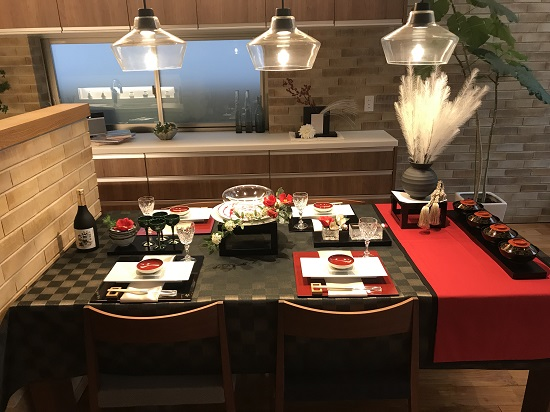 1月~2月椿のテーブル