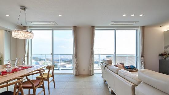 RC住宅 大空間で景色を遮るものが一切ない開放的なLDK