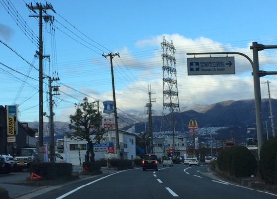 宝塚から臨む六甲連山